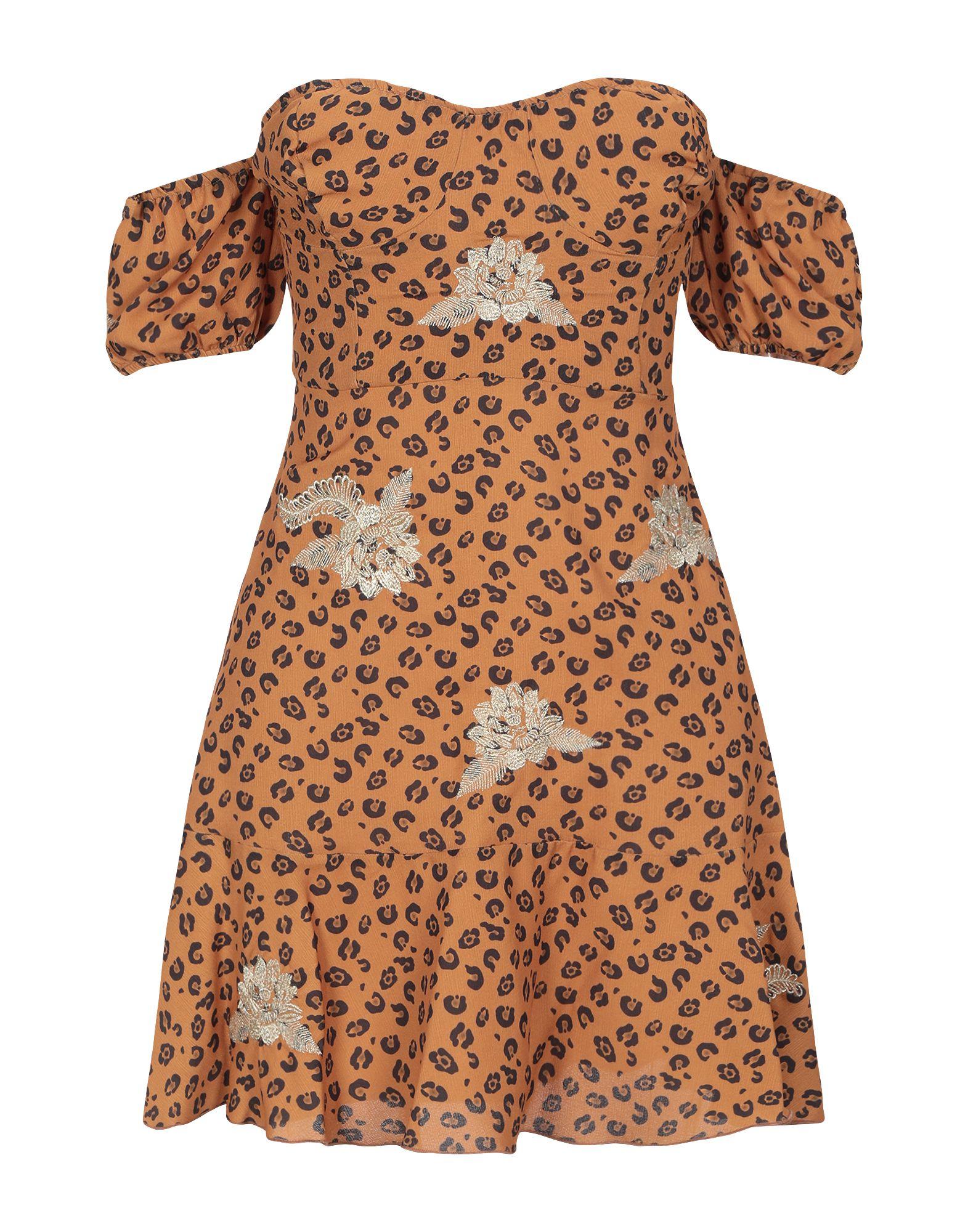 CHIARA FERRAGNI Короткое платье