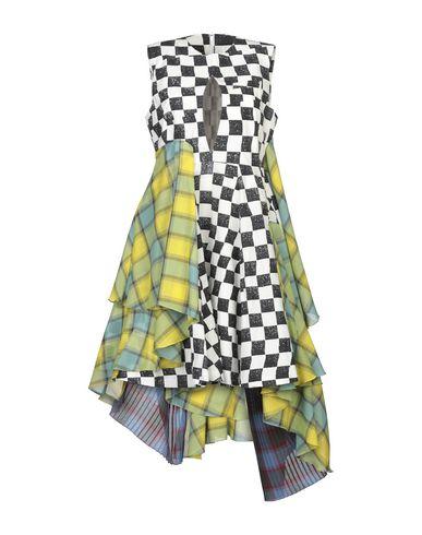 Короткое платье Facetasm