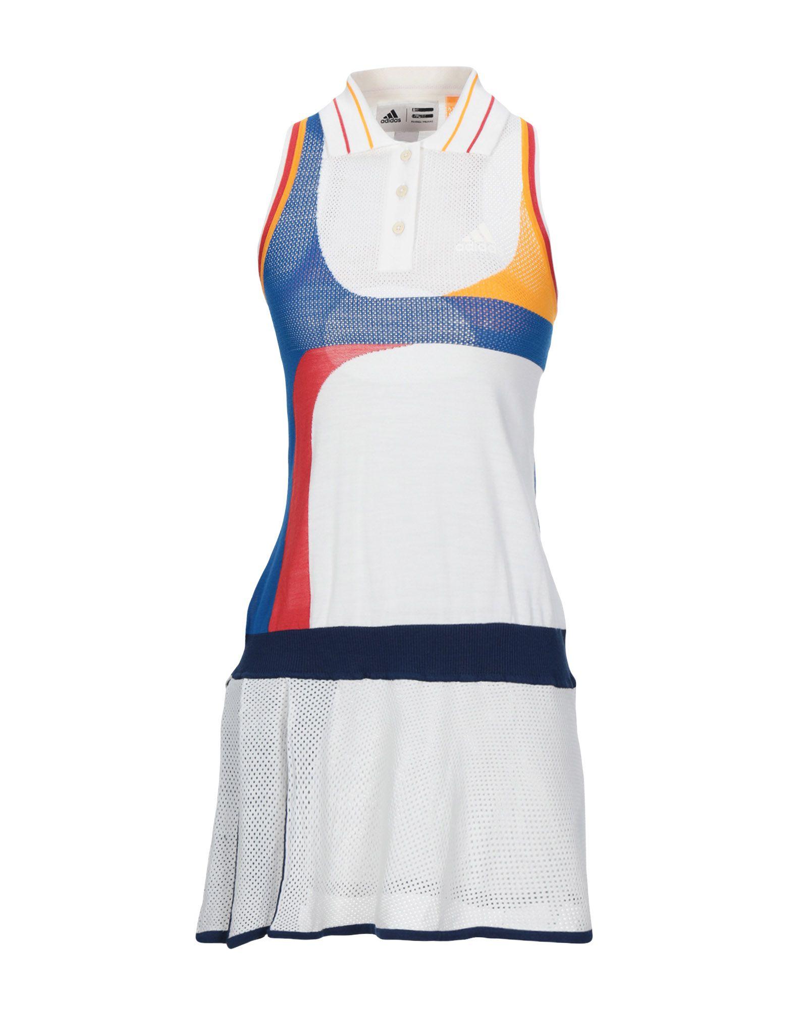 цена на ADIDAS ORIGINALS by PHARRELL WILLIAMS Короткое платье