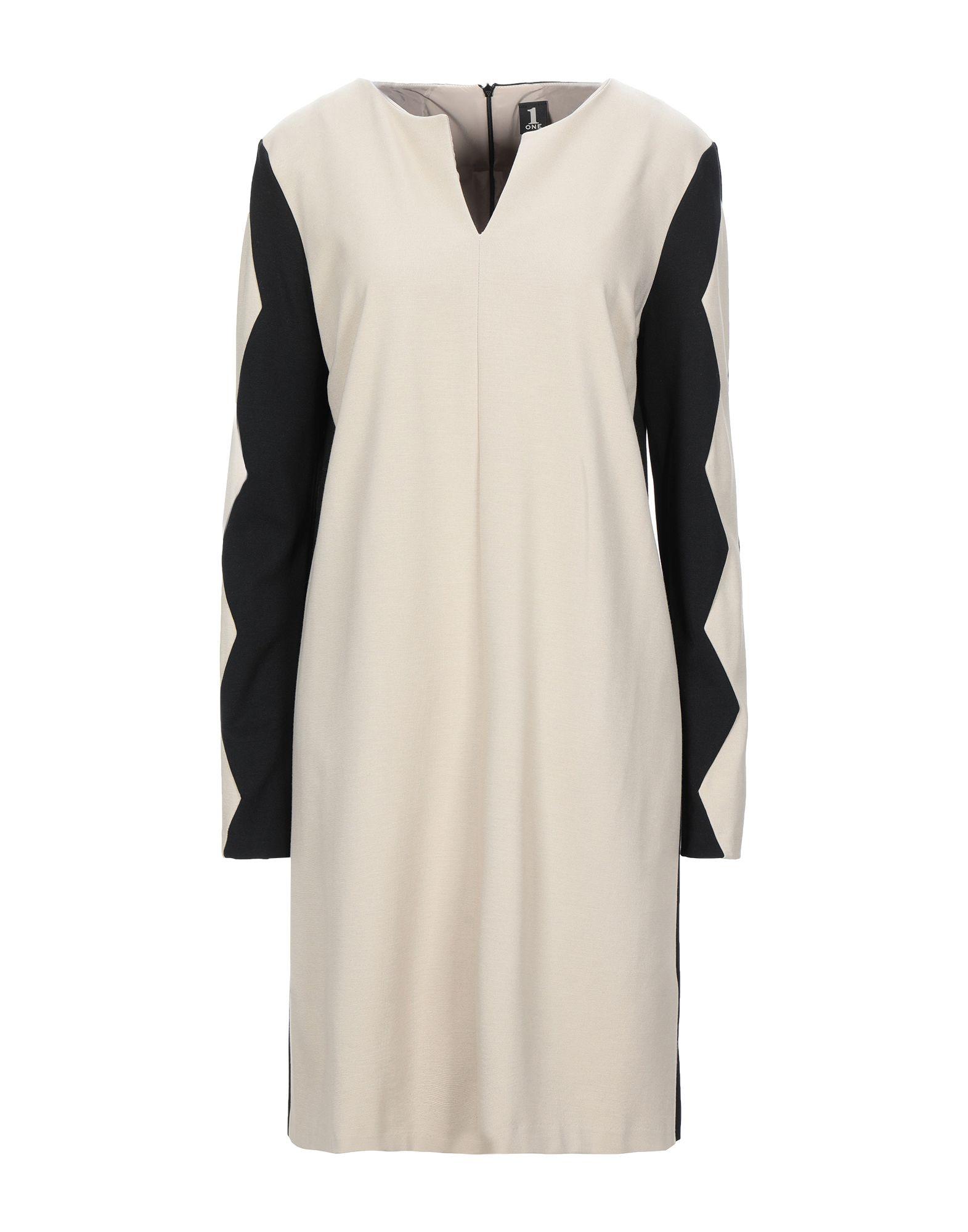 ONE Короткое платье