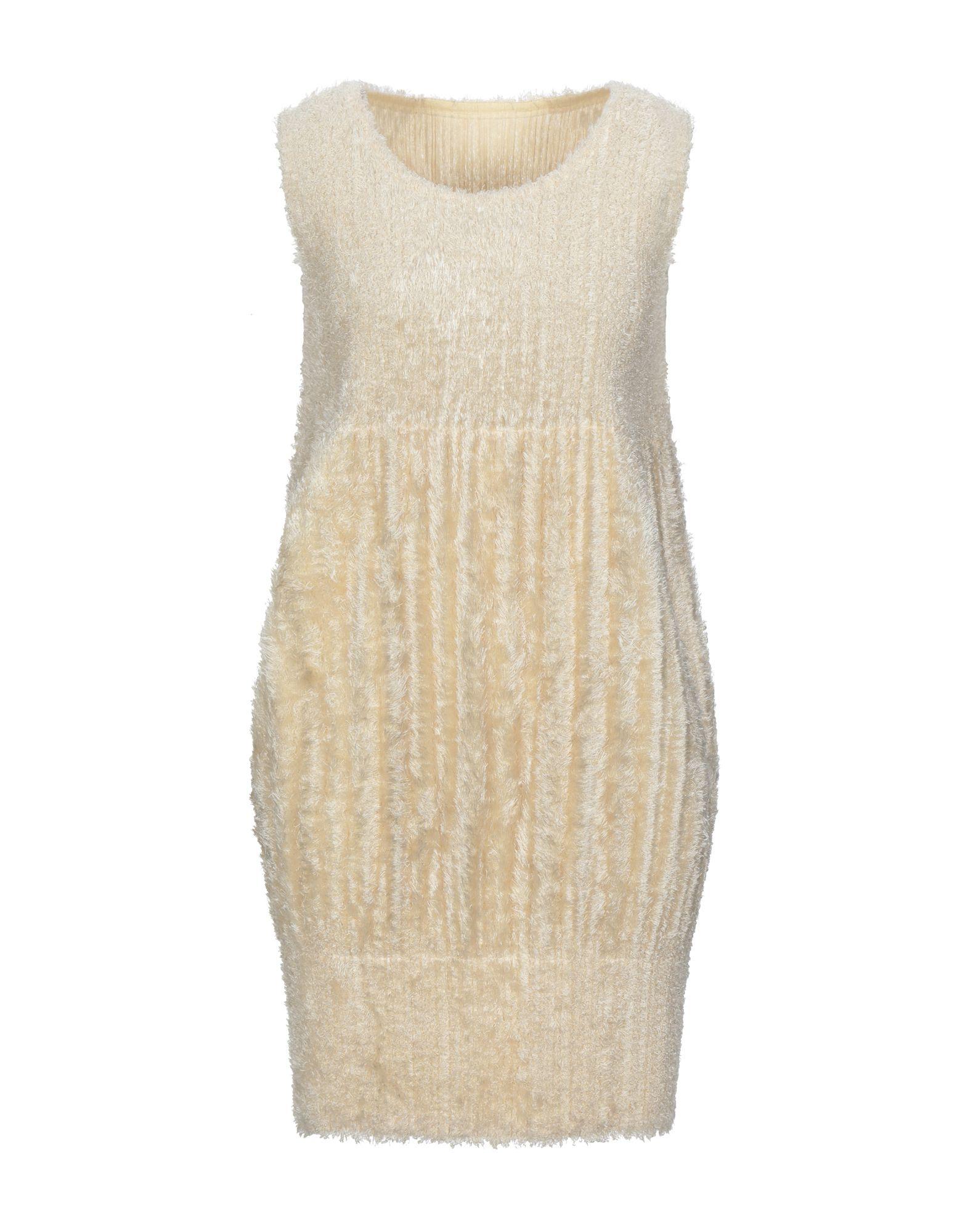 PLEATS PLEASE ISSEY MIYAKE Короткое платье