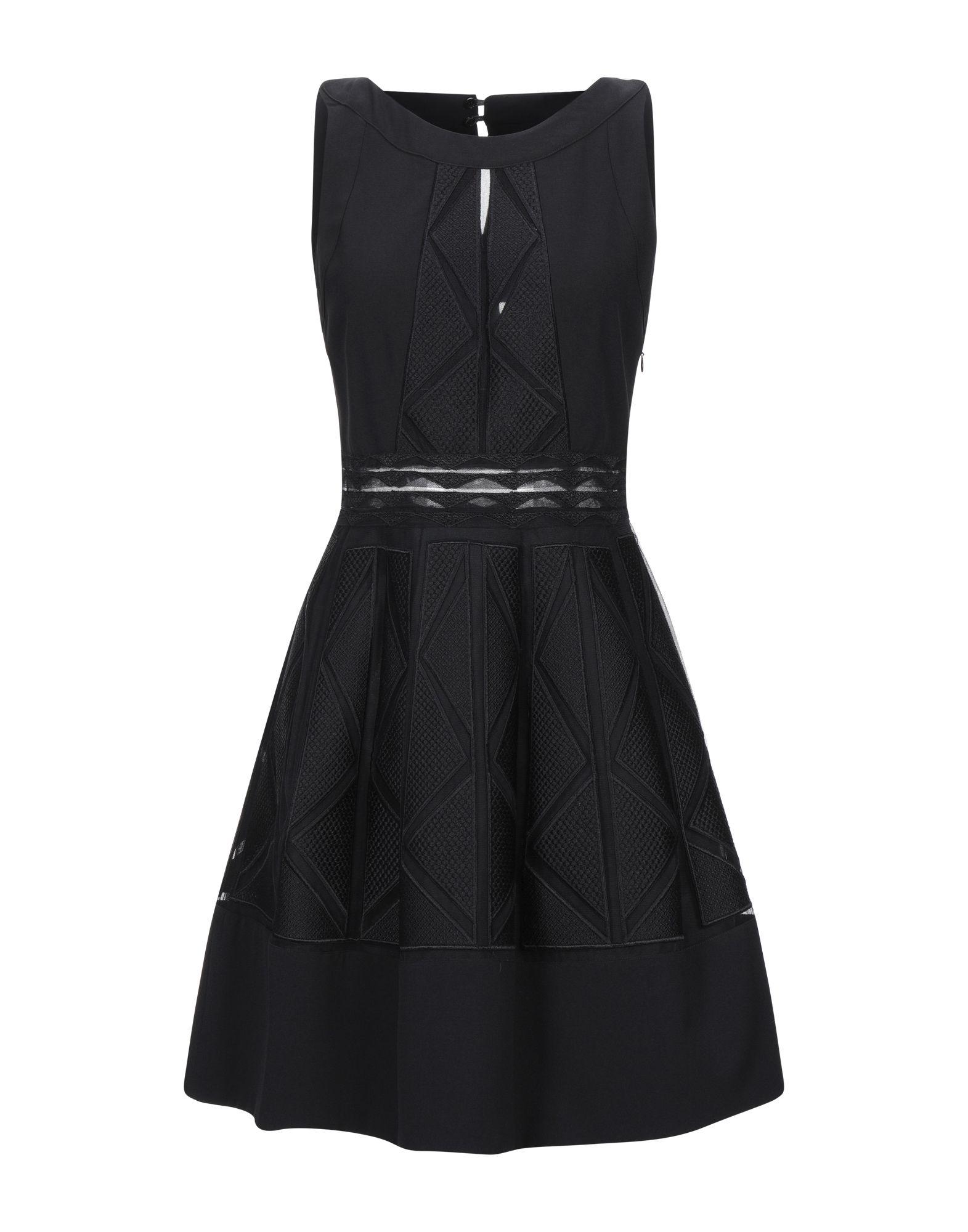 CAPUCCI Короткое платье