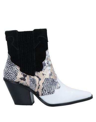 Полусапоги и высокие ботинки 67 SIXTYSEVEN. Цвет: белый