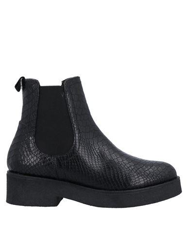 Полусапоги и высокие ботинки NILA &. Цвет: черный