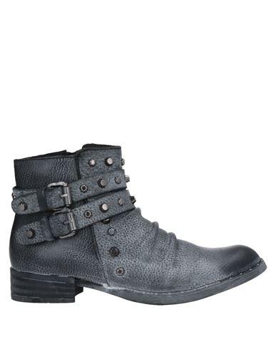 Полусапоги и высокие ботинки ONAKO'. Цвет: серый