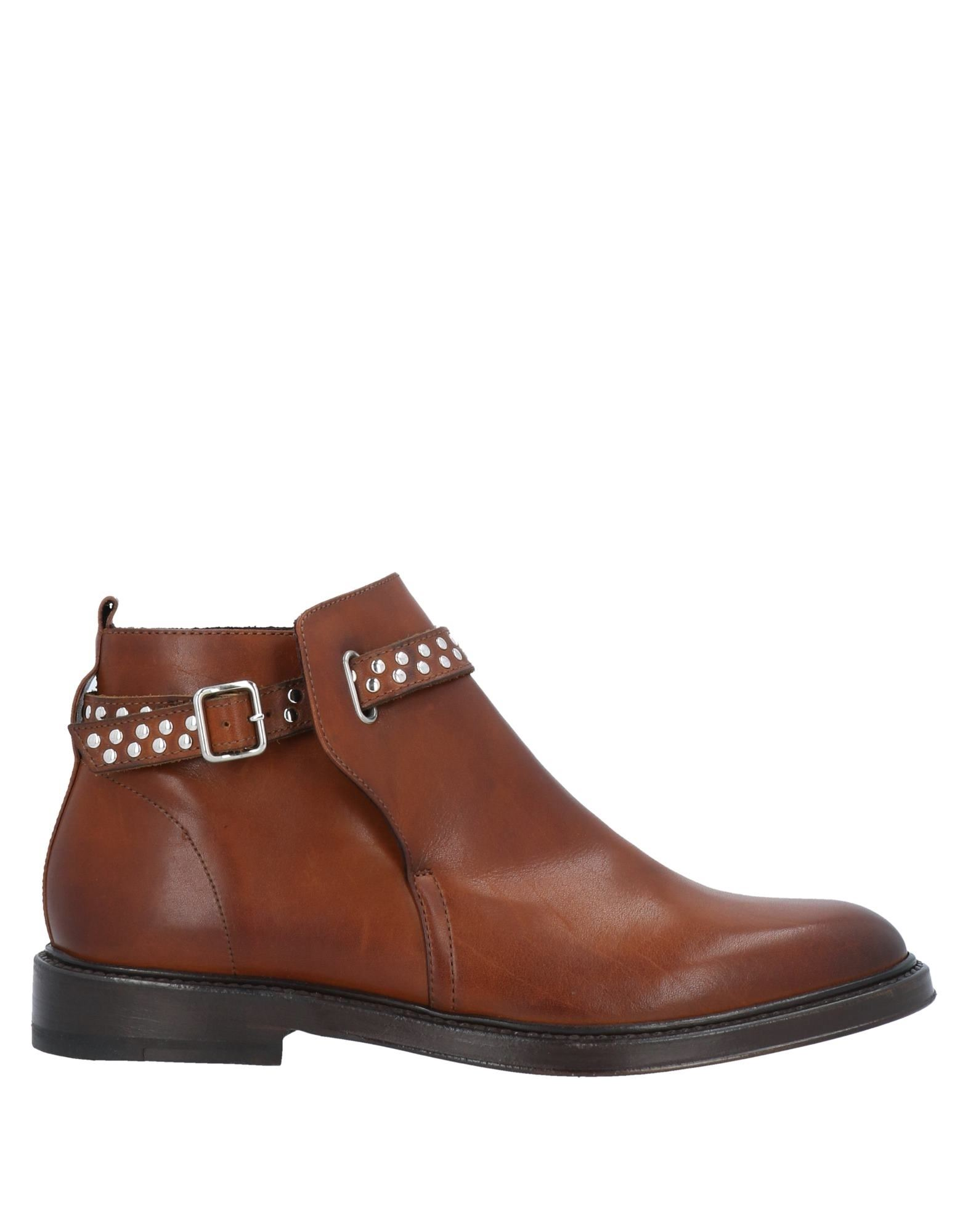 Henderson Baracco Ankle Boots In Tan
