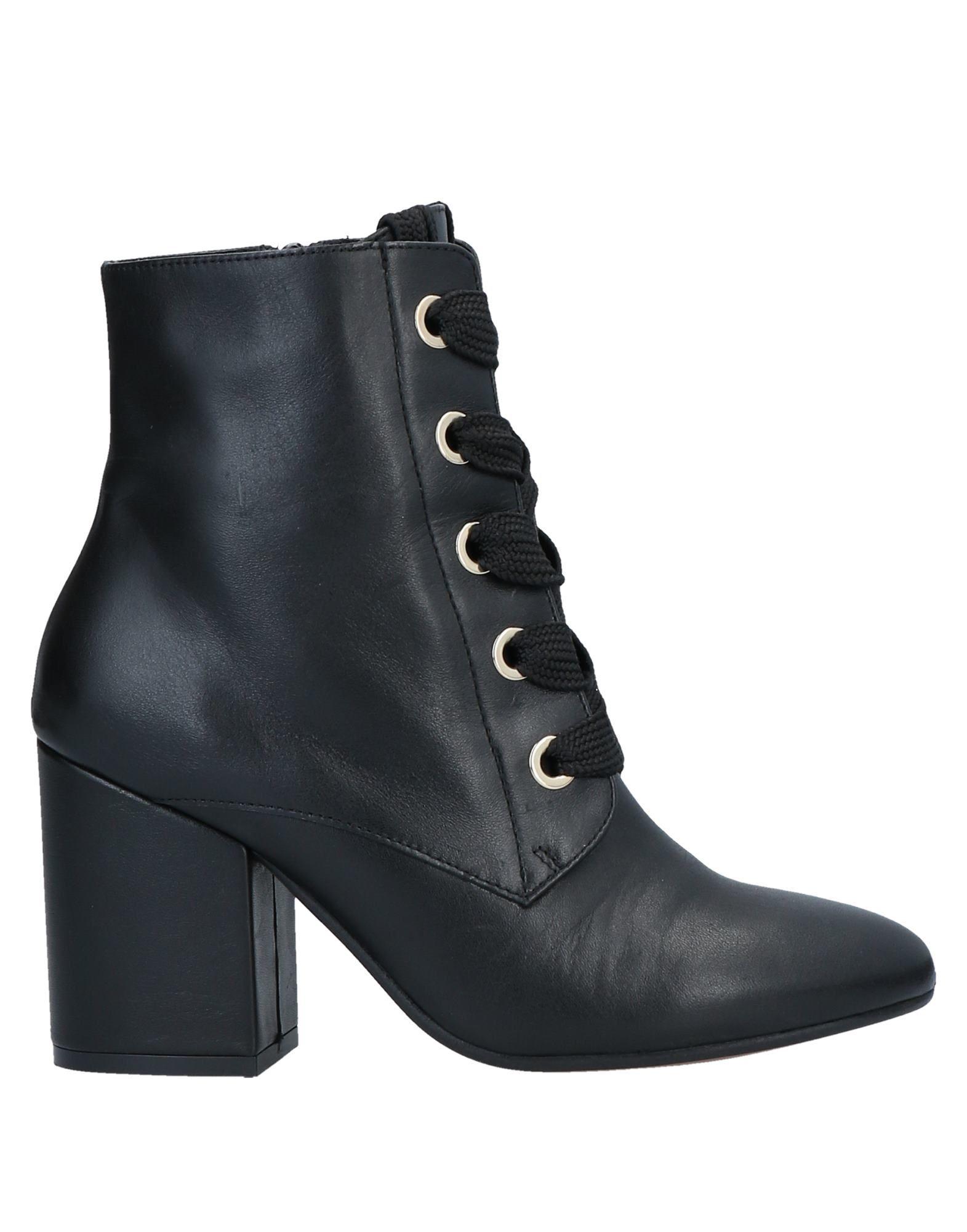 SKA Полусапоги и высокие ботинки
