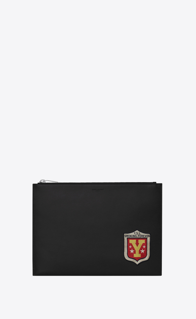 "SAINT LAURENT SLP animation U Saint Laurent Paris Tablet-Etui aus schwarzem Leder mit ""SMOKING FOREVER""-Patch a_V4"