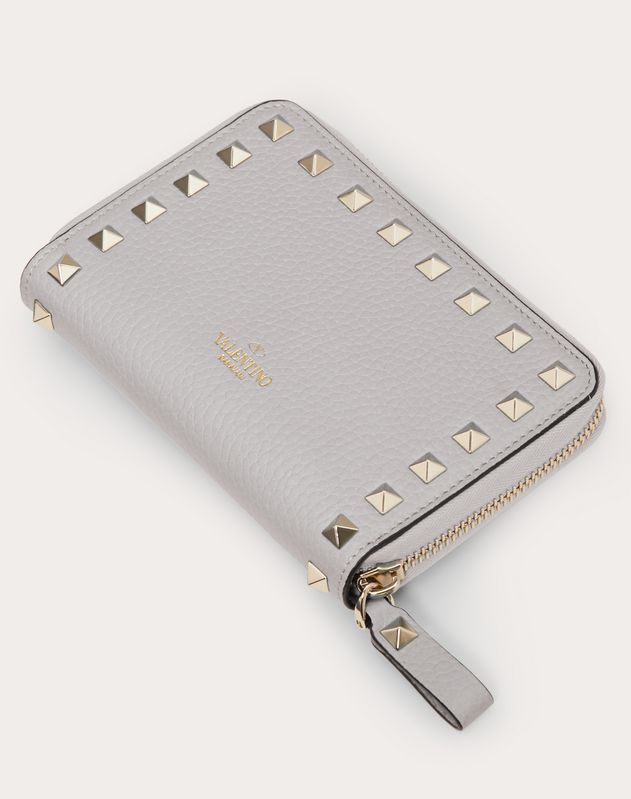 Rockstud Grainy Calfskin Zipped Wallet