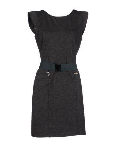 Фото TUWE ITALIA Короткое платье. Купить с доставкой