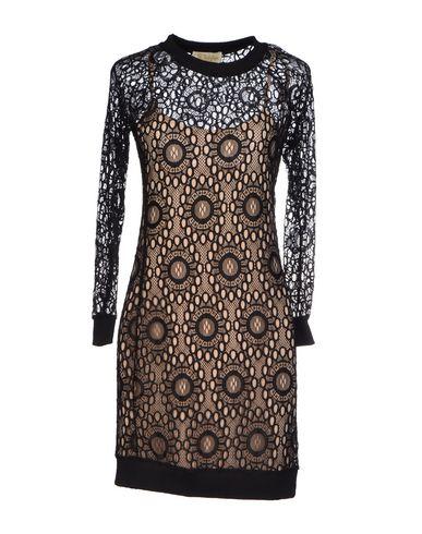 Фото GOLDIE LONDON Короткое платье. Купить с доставкой