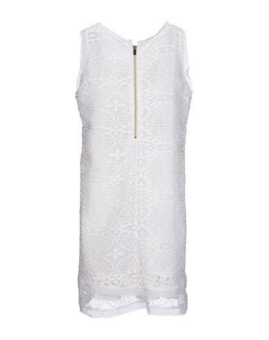 Фото 2 - Женское короткое платье HANITA белого цвета