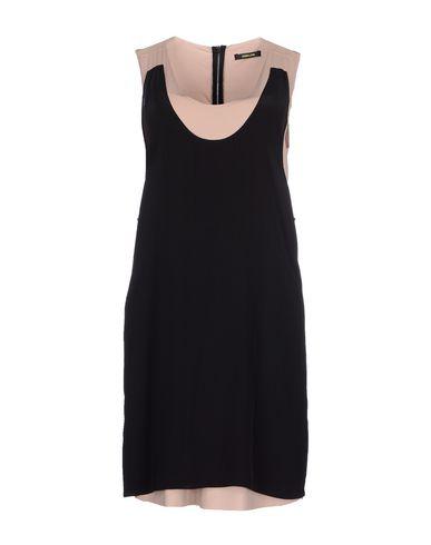 Короткое платье OSKLEN 34523878SV
