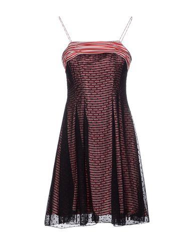 Короткое платье BEAYUKMUI 34559190CT