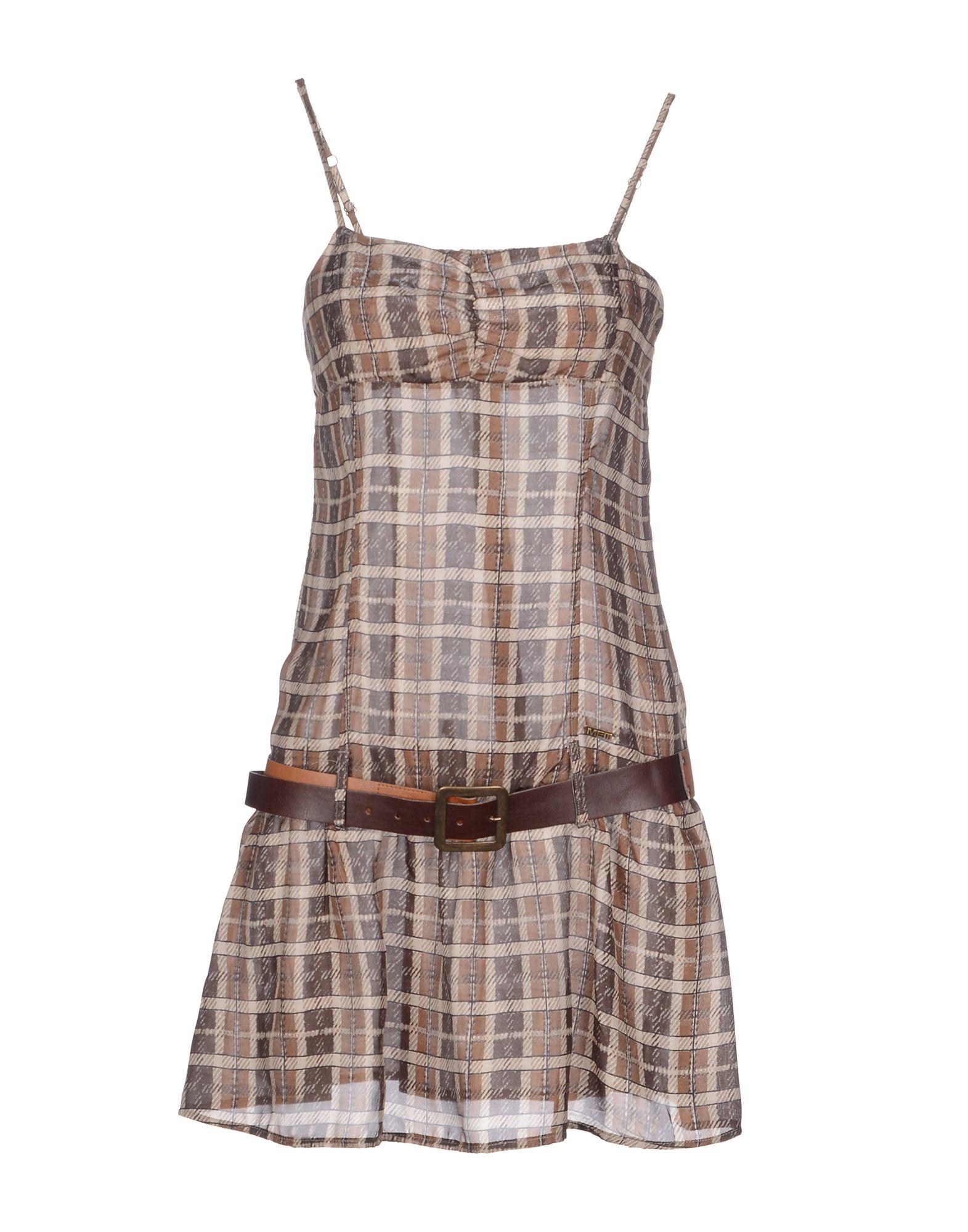 MET Короткое платье met короткое платье