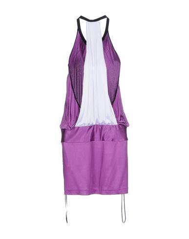 Фото 2 - Женское короткое платье PINKO BLACK фиолетового цвета