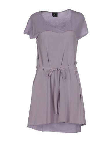 Короткое платье от GOTHA