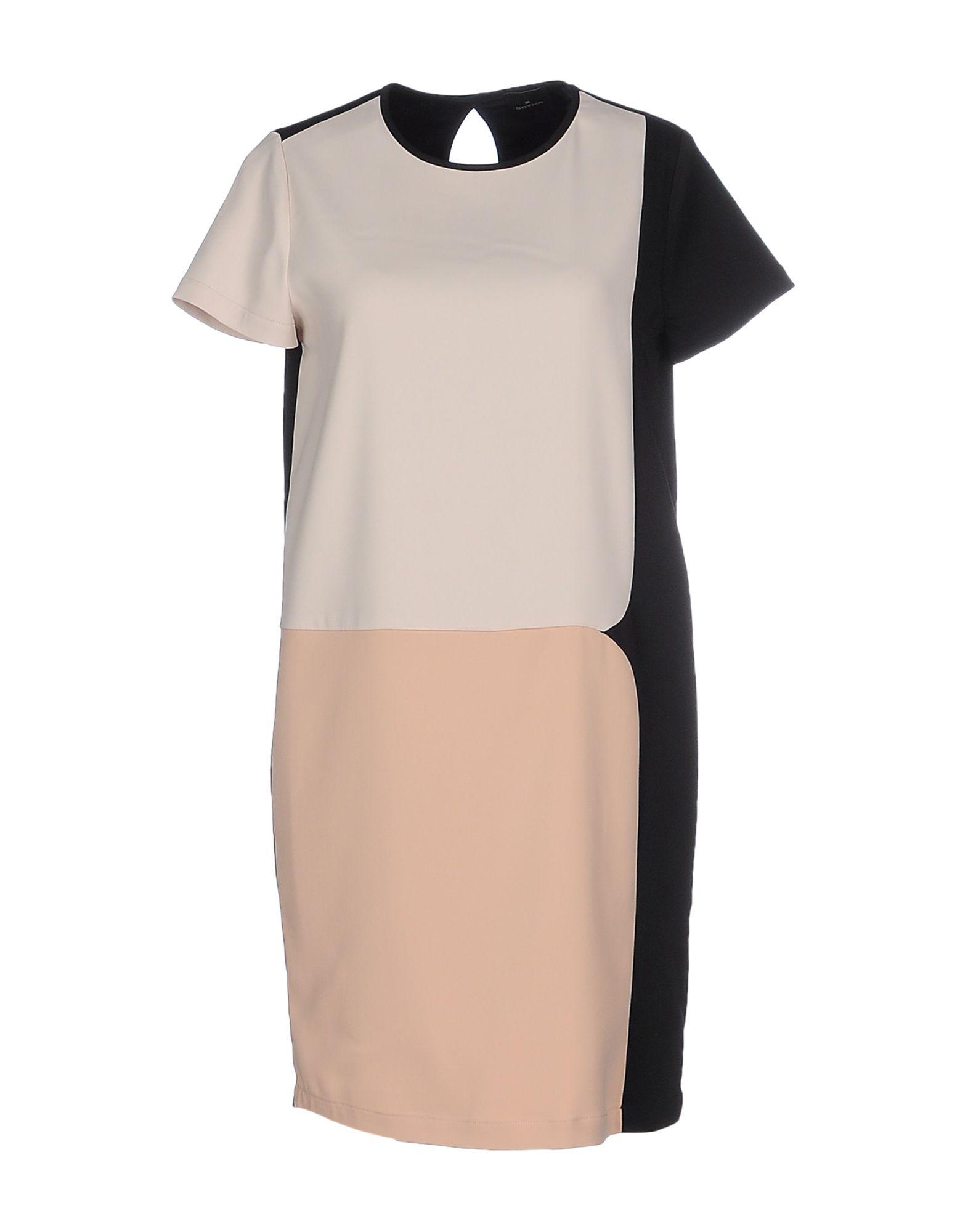 цена  GOTHA Короткое платье  онлайн в 2017 году