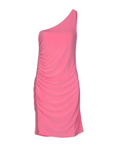 Фото - Женское короткое платье JOLIE CARLO PIGNATELLI розового цвета