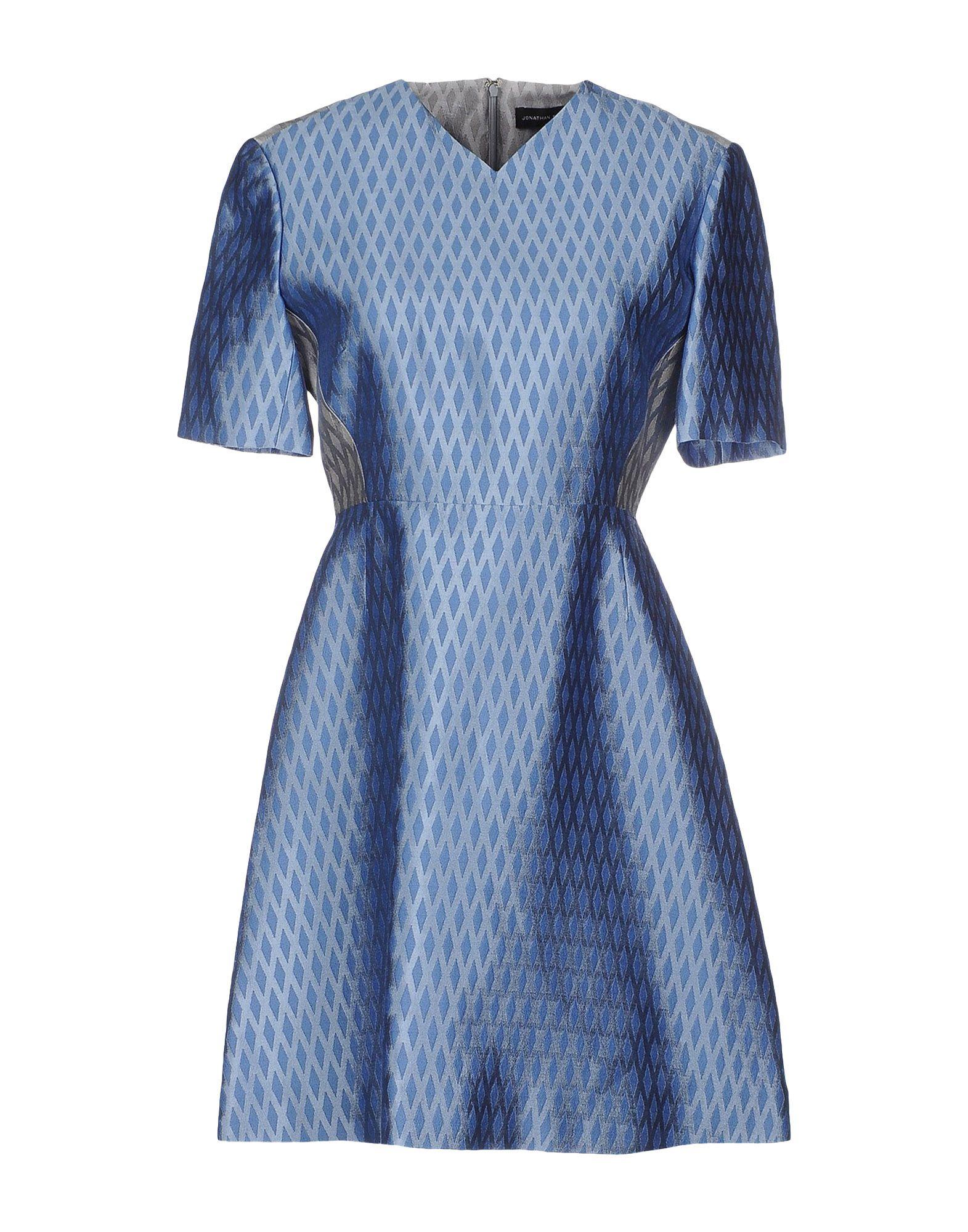 где купить  JONATHAN SAUNDERS Короткое платье  по лучшей цене