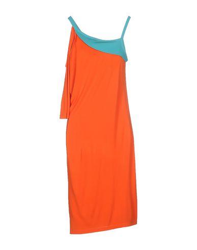 Фото 2 - Платье до колена от WHO*S WHO оранжевого цвета