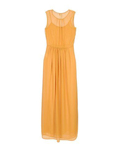 Фото - Женское длинное платье  цвет охра