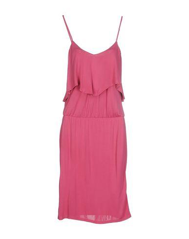 Фото - Женское короткое платье  светло-фиолетового цвета