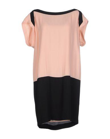 Фото - Женское короткое платье LEENOY черного цвета