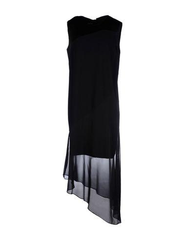 Короткое платье от DKNY