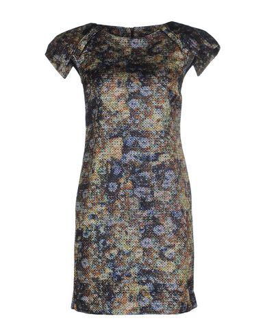 Короткое платье от BRIAN DALES