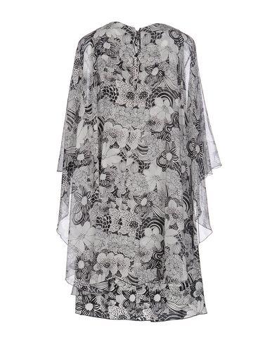 Фото 2 - Женское короткое платье GAMBA черного цвета