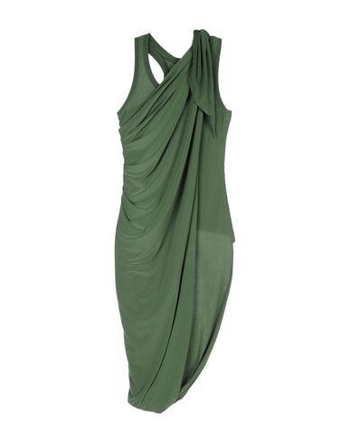 Фото - Женскую майку  зеленого цвета