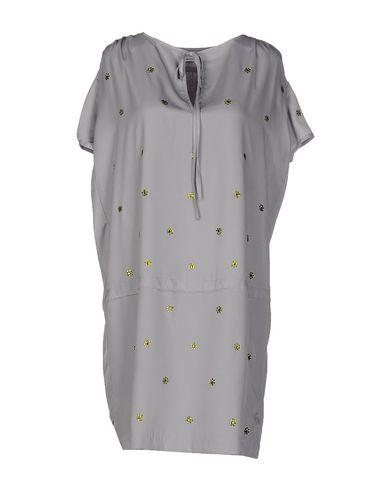 Короткое платье BEAYUKMUI 34656762CF