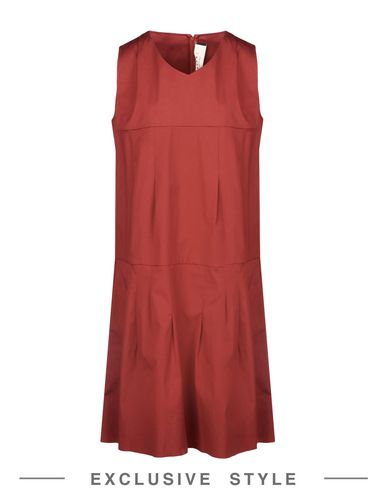 Короткое платье MARNI 34682746CU