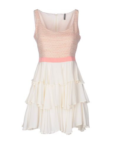 Короткое платье NAF NAF 34685492KH