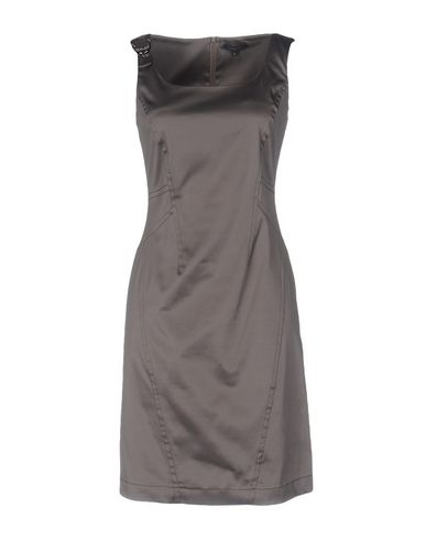 Короткое платье SILK AND SOIE 34687723LW