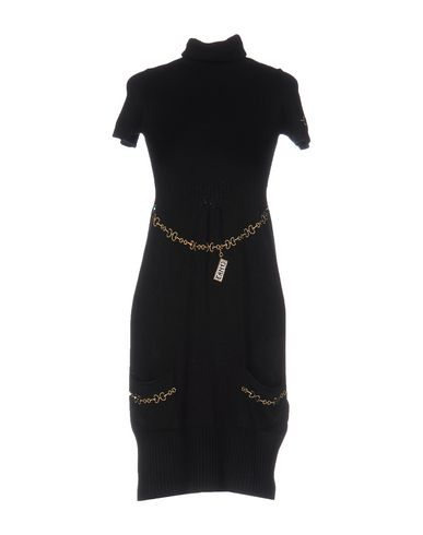Короткое платье EAN 13 34689301DF