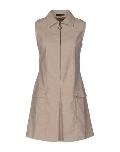 Короткое платье ROBERTO COLLINA 34692549TN
