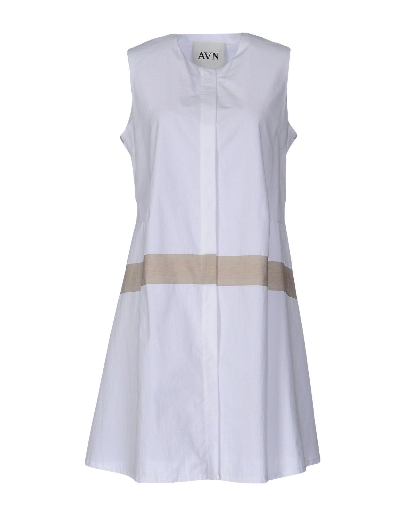 AVN Короткое платье
