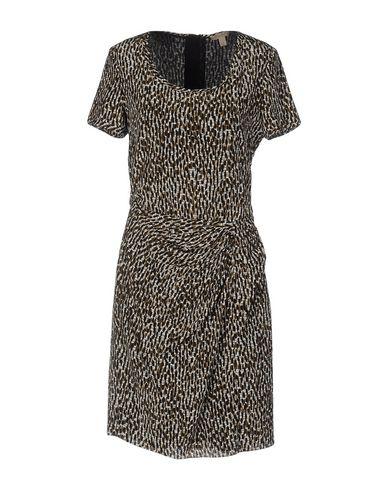 Короткое платье BURBERRY 34703903QP