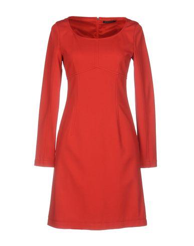Короткое платье STRENESSE 34708051IJ