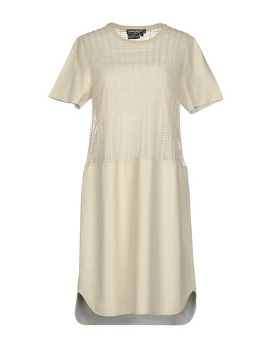 Короткое платье SALVATORE FERRAGAMO 34709801DN