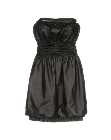 Короткое платье FENDI 34712065WF