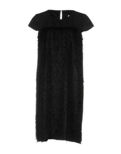 цена  LA FABRIQUE Платье до колена  онлайн в 2017 году