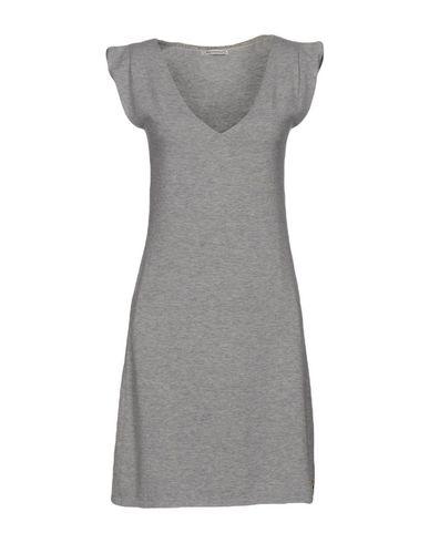 Короткое платье BEAYUKMUI 34721214OR