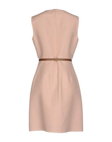 Фото 2 - Женское короткое платье  цвет телесный