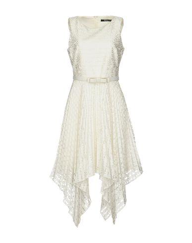 Короткое платье BADGLEY MISCHKA 34722431CN