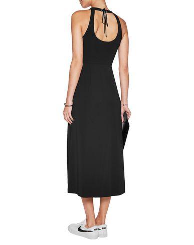 Фото 2 - Платье длиной 3/4 от A.L.C. черного цвета