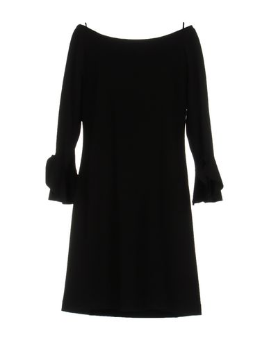 Короткое платье от F.IT