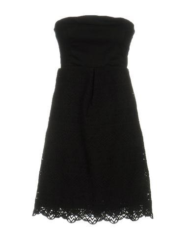 Короткое платье LAVAND. 34730721CP